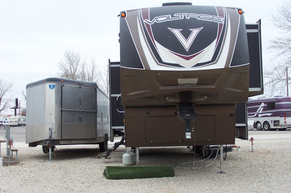 RV set up at Rockwell RV Park